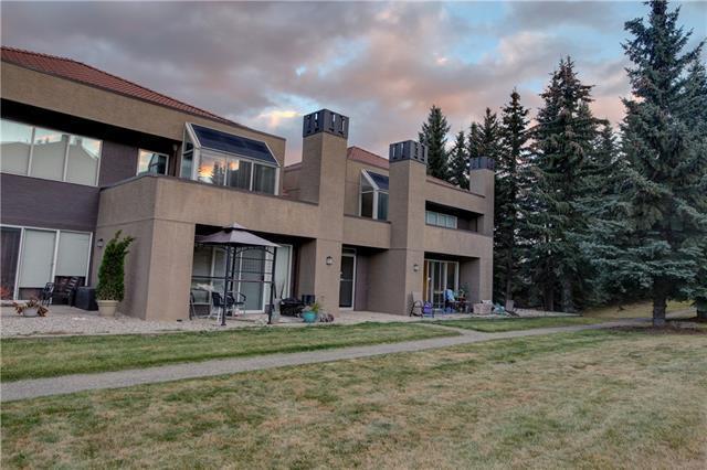 301 Village Mews SW #9, Calgary, AB T3H 2L3 (#C4213966) :: Calgary Homefinders