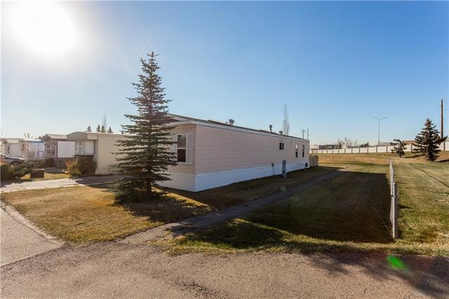 9090 24 Street SE #43, Calgary, AB T2C 2H4 (#C4214069) :: Tonkinson Real Estate Team