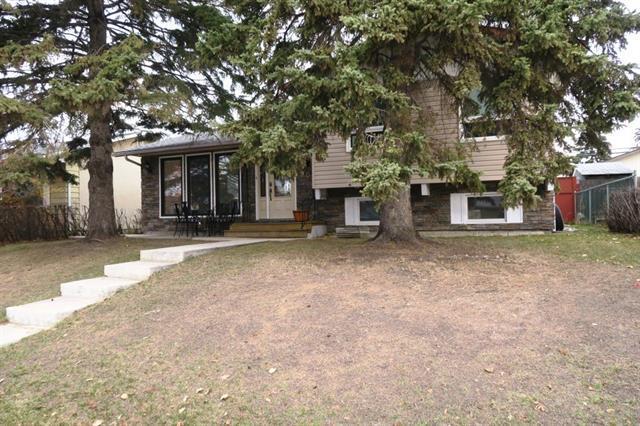 908 Pensdale Crescent SE, Calgary, AB T2A 2G1 (#C4214287) :: Tonkinson Real Estate Team