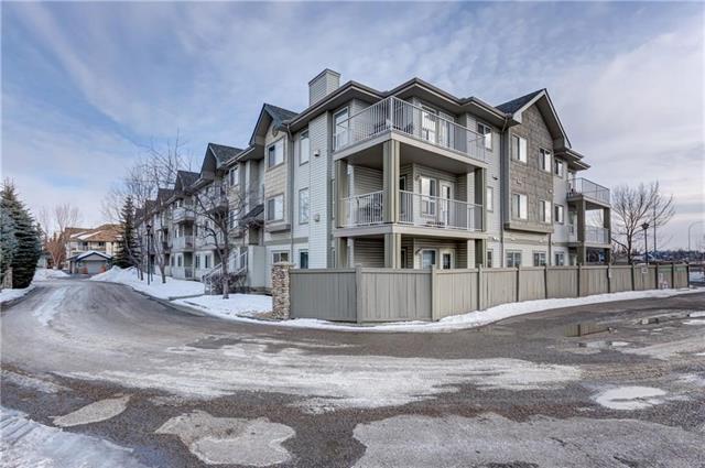 7 Harvest Gold Manor NE #302, Calgary, AB T3K 4Y3 (#C4214291) :: Canmore & Banff