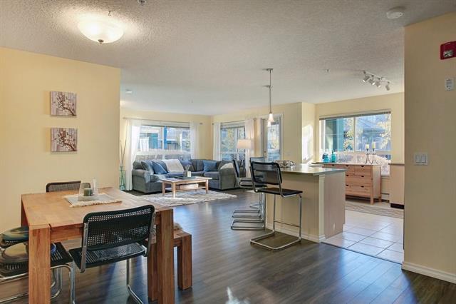 30 Richard Court SW #123, Calgary, AB T3E 7N2 (#C4214318) :: Tonkinson Real Estate Team