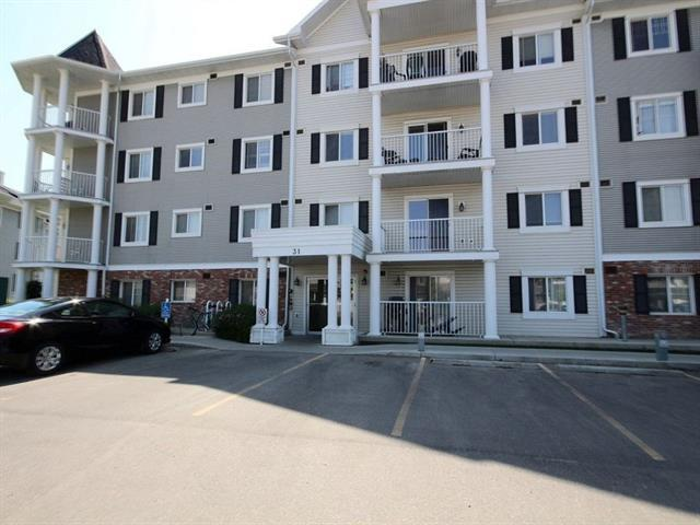 31 Country Village Manor NE #4308, Calgary, AB T3K 0T3 (#C4214328) :: Canmore & Banff