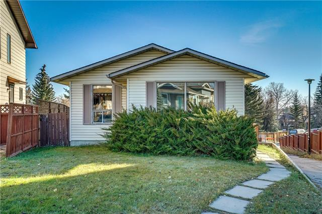 360 Shawcliffe Circle SW, Calgary, AB T2Y 1A4 (#C4214366) :: Tonkinson Real Estate Team