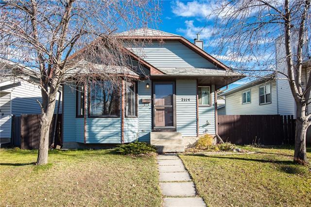 2114 19 Street NE, Calgary, AB T2E 8E8 (#C4214369) :: Your Calgary Real Estate