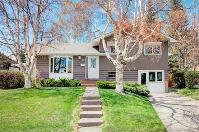 59 Glamorgan Drive SW, Calgary, AB T3E 4Z3 (#C4214413) :: Twin Lane Real Estate