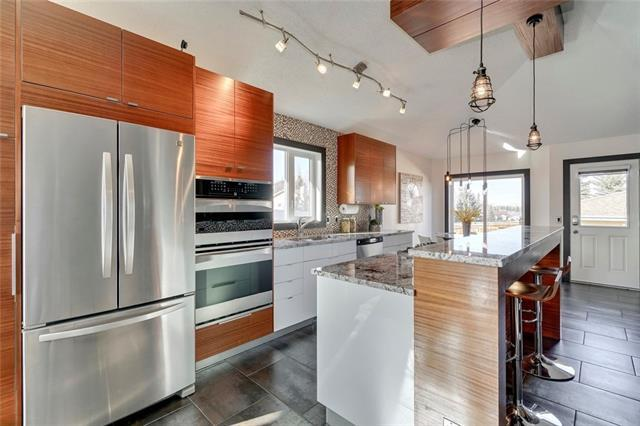 217 Shawfield Road SW, Calgary, AB T2Y 2J7 (#C4214507) :: Tonkinson Real Estate Team