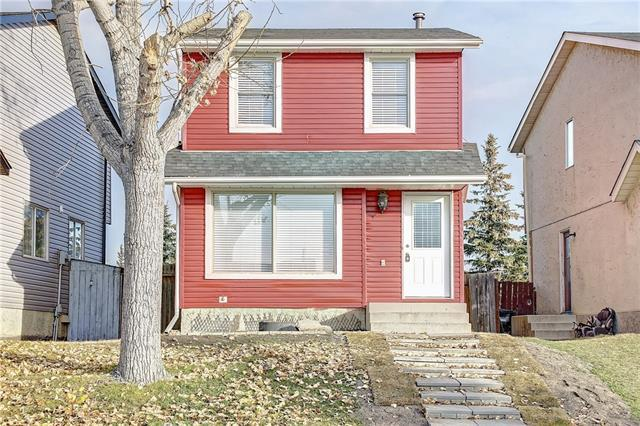 102 Castledale Way NE, Calgary, AB T3J 2A2 (#C4214508) :: Tonkinson Real Estate Team