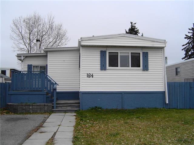 184 Huntwell Road NE, Calgary, AB T2K 5S9 (#C4214539) :: Canmore & Banff