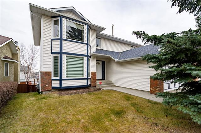 81 Edgebrook Road NW, Calgary, AB T3A 4M4 (#C4214603) :: Redline Real Estate Group Inc