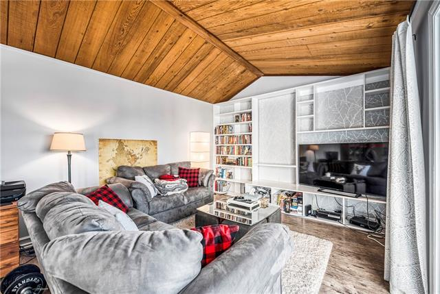 4915 45 Street SW #19, Calgary, AB T2E 3W5 (#C4214605) :: Twin Lane Real Estate