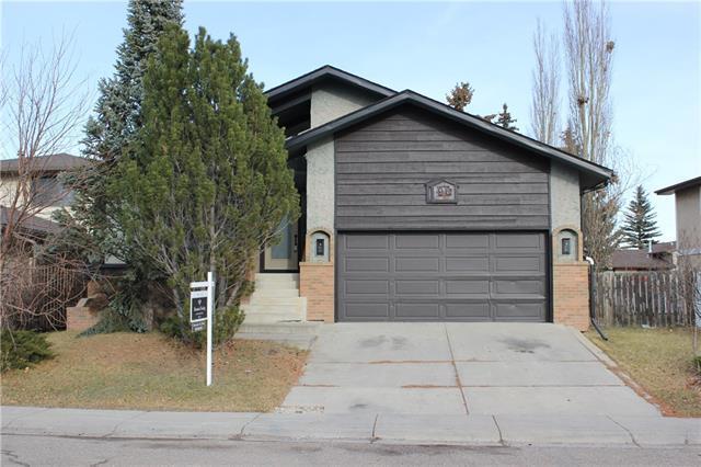 96 Castlefall Way NE, Calgary, AB T3J 1M7 (#C4214626) :: Calgary Homefinders