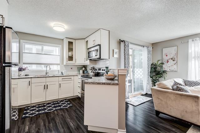 604 8 Street SW #1115, Airdrie, AB T4B 2W4 (#C4214643) :: Calgary Homefinders