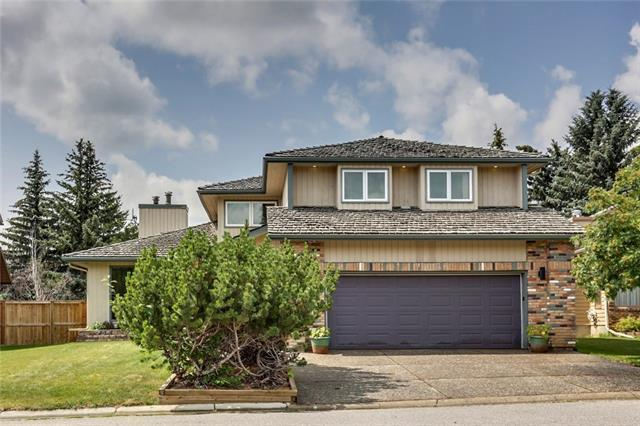 36 Wood Willow Place SW, Calgary, AB T2W 4H5 (#C4214716) :: The Cliff Stevenson Group