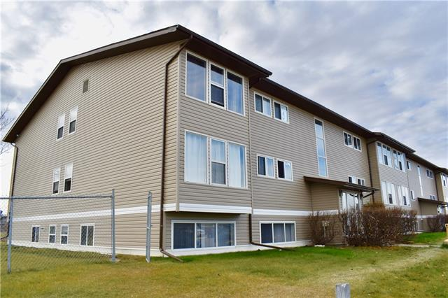 101 Big Hill Way SE #211, Airdrie, AB T4A 1Z7 (#C4214739) :: Tonkinson Real Estate Team