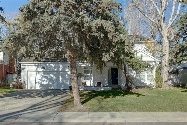 1016 Beverley Boulevard SW, Calgary, AB T2V 2C5 (#C4214813) :: The Cliff Stevenson Group
