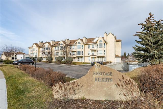 102 Centre Court #103, Okotoks, AB T1S 1Z7 (#C4214839) :: Redline Real Estate Group Inc