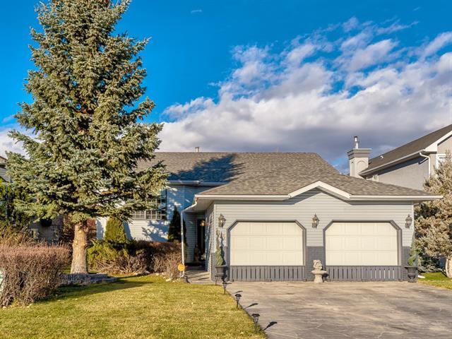 35 Riverview Close, Cochrane, AB T4C 1K7 (#C4214868) :: Calgary Homefinders