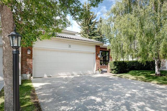 35 Oakmount Court SW #3, Calgary, AB T2V 4Y3 (#C4214941) :: Calgary Homefinders