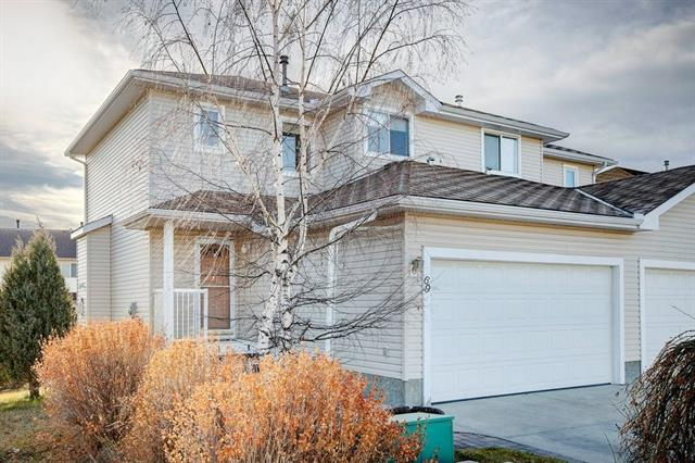 69 West Terrace Road, Cochrane, AB T4C 1S6 (#C4214956) :: Your Calgary Real Estate