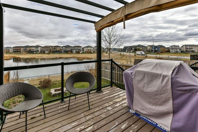 1744 Luxstone Drive SW, Airdrie, AB T4B 0H4 (#C4215041) :: Calgary Homefinders