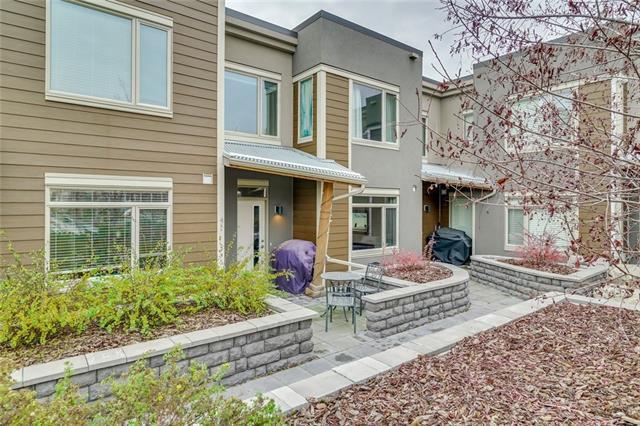 8366 9 Avenue SW, Calgary, AB T3H 0Y4 (#C4215046) :: Your Calgary Real Estate