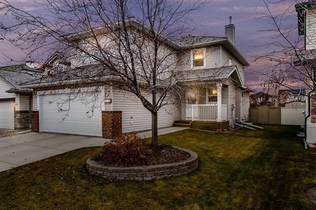 1216 Woodside Way NW, Airdrie, AB T4B 2S3 (#C4215055) :: Calgary Homefinders