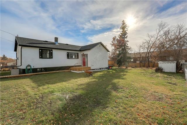 37 Maple Street, Okotoks, AB T1S 1J6 (#C4215069) :: Calgary Homefinders