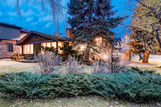 704 Lansdowne Avenue SW, Calgary, AB T2S 1A1 (#C4215092) :: The Cliff Stevenson Group