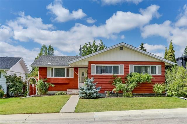 5323 Carney Road NW, Calgary, AB T2L 1G4 (#C4215168) :: Canmore & Banff