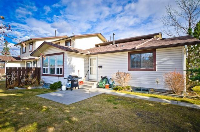75 Templemont Way NE #20, Calgary, AB  (#C4215173) :: Calgary Homefinders