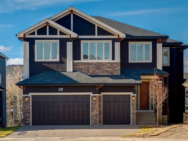 32 West Grove Bay SW, Calgary, AB T3H 0X6 (#C4215175) :: Calgary Homefinders