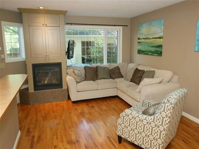 306 14 Avenue NE #2, Calgary, AB T2E 1E3 (#C4215243) :: Your Calgary Real Estate