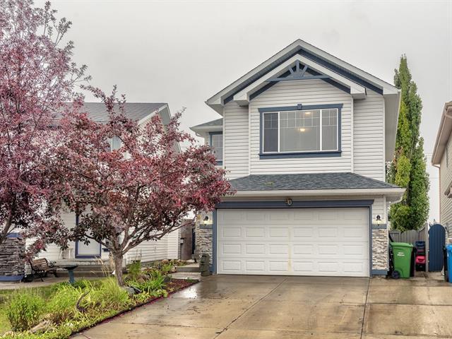 90 Somerglen Close SW, Calgary, AB T2Y 3Z5 (#C4215435) :: Calgary Homefinders