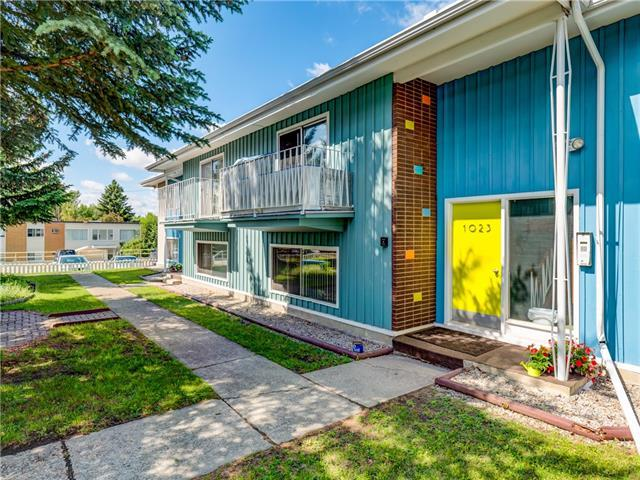 1023 Northmount Drive NW, Calgary, AB T2L 0B6 (#C4215523) :: Canmore & Banff