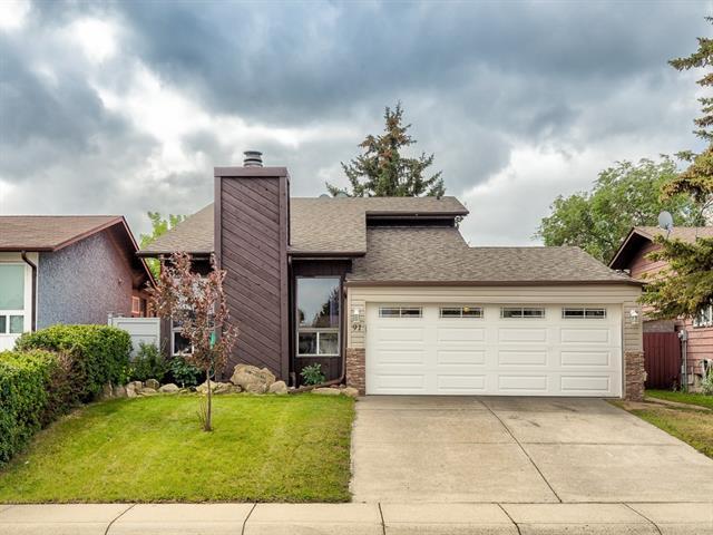 91 Castleridge Crescent NE, Calgary, AB T3J 1N6 (#C4215629) :: Tonkinson Real Estate Team