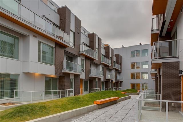 3125 39 Street NW #218, Calgary, AB T3B 6H5 (#C4215634) :: Your Calgary Real Estate