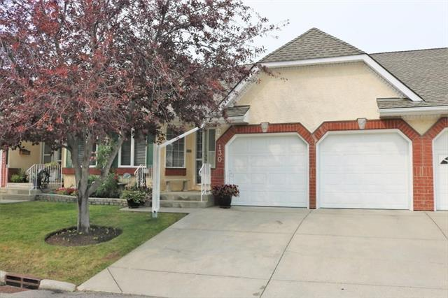 130 Sienna Park Green SW, Calgary, AB T3H 3N7 (#C4215649) :: Canmore & Banff