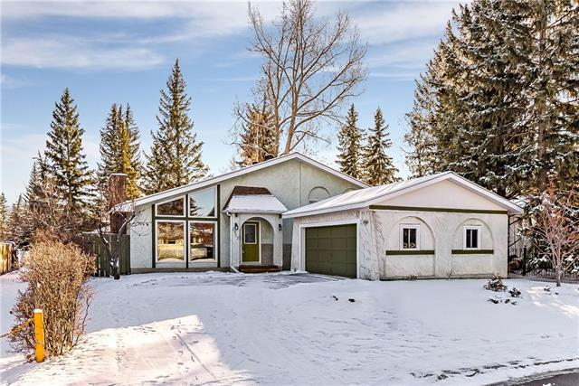2903 Oakmoor Drive SW, Calgary, AB T2V 3Z3 (#C4215845) :: Your Calgary Real Estate