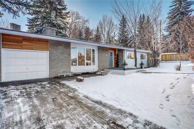 45 Snowdon Crescent SW, Calgary, AB T2W 0S2 (#C4215870) :: Tonkinson Real Estate Team