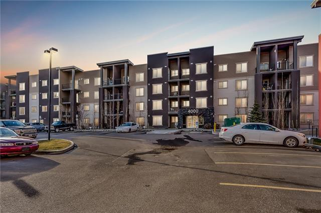 403 Mackenzie Way SW #4315, Airdrie, AB T4B 0V7 (#C4215890) :: Canmore & Banff