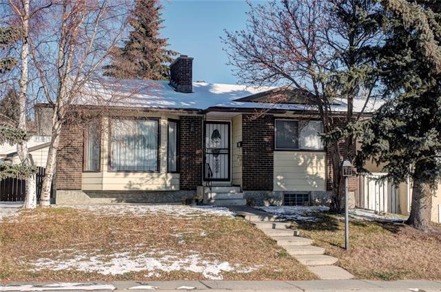 5612 Maidstone Crescent NE, Calgary, AB  (#C4215901) :: Your Calgary Real Estate