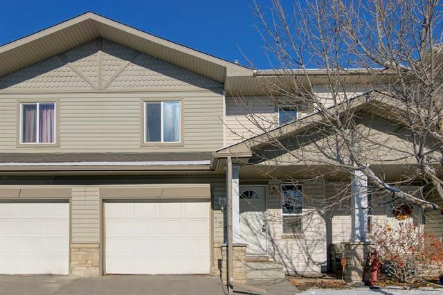 155 Citadel Meadow Gardens NW, Calgary, AB T3G 5N6 (#C4216043) :: Tonkinson Real Estate Team