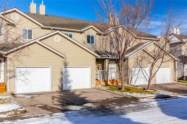 116 Mt Aberdeen Manor SE, Calgary, AB T2Z 3N8 (#C4216206) :: Tonkinson Real Estate Team