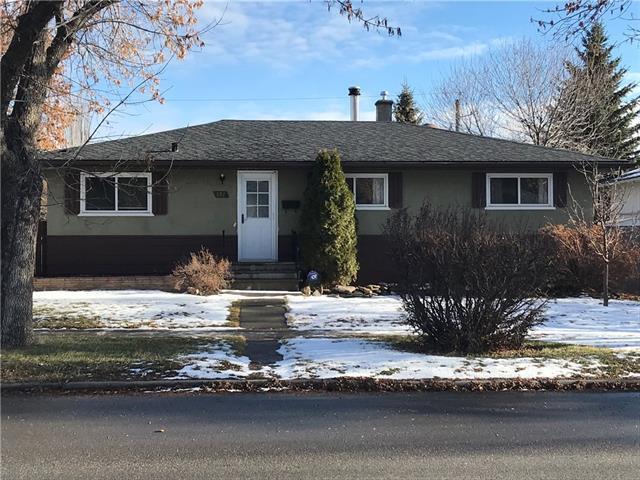 372 Northmount Drive NW, Calgary, AB T2K 3H3 (#C4216227) :: The Cliff Stevenson Group