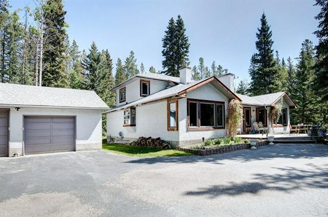 340 Wild Rose Close, Bragg Creek, AB T0L 0K0 (#C4216260) :: Your Calgary Real Estate