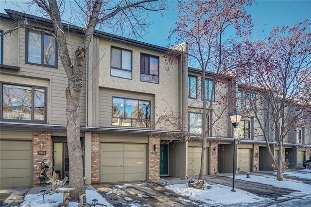 3929 Point Mckay Road NW, Calgary, AB T3B 4B7 (#C4216320) :: Your Calgary Real Estate