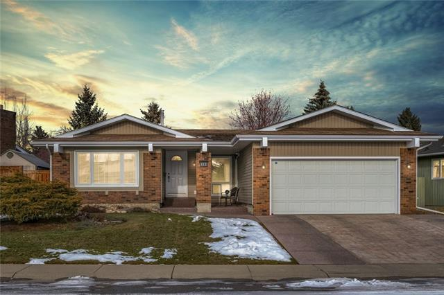 112 Parkview Place SE, Calgary, AB T2J 4W5 (#C4216321) :: Calgary Homefinders