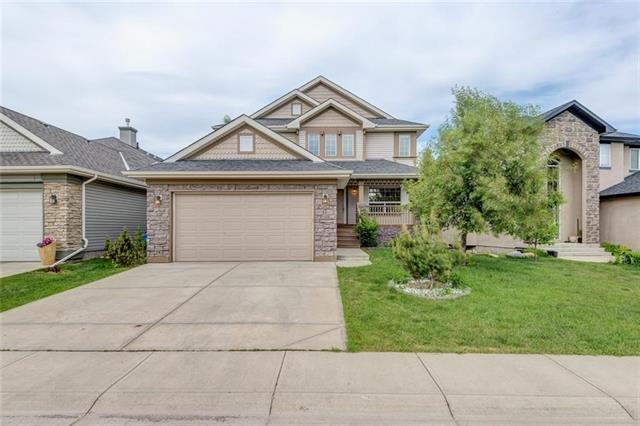74 Cougarstone Crescent SW, Calgary, AB T3H 4Z3 (#C4216390) :: The Cliff Stevenson Group