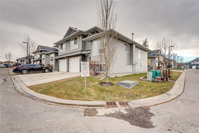 55 Fairways Drive NW #135, Airdrie, AB T4B 2T5 (#C4216426) :: Your Calgary Real Estate