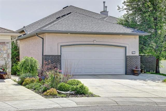 64 Fairways Place NW, Airdrie, AB T4B 2R7 (#C4217525) :: Your Calgary Real Estate
